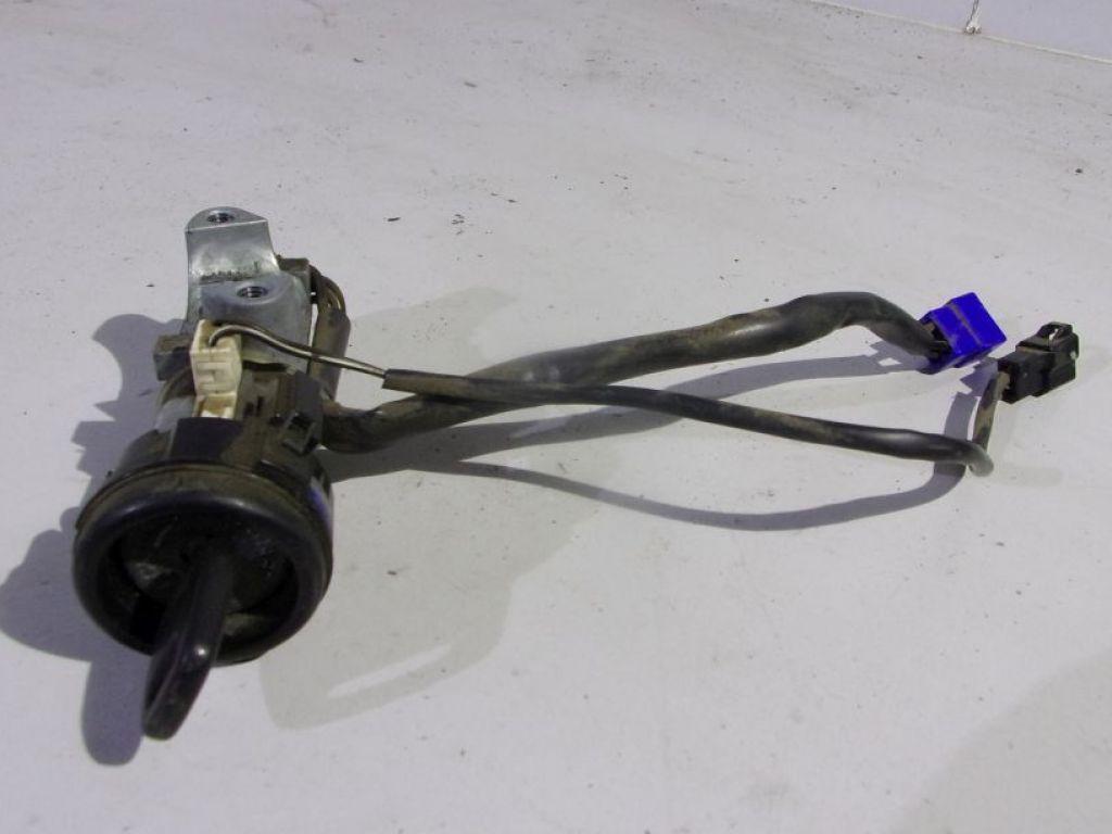 Subaru Forester I lift stacyjka z kluczykiem
