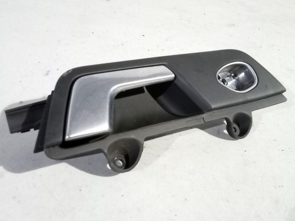 Audi A4 B6 klamka wewnętrzna prawa przód